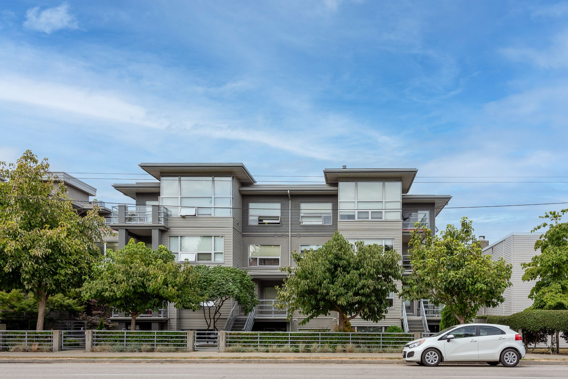 3155-w-4th-ave-vancouver-360hometours-01 at