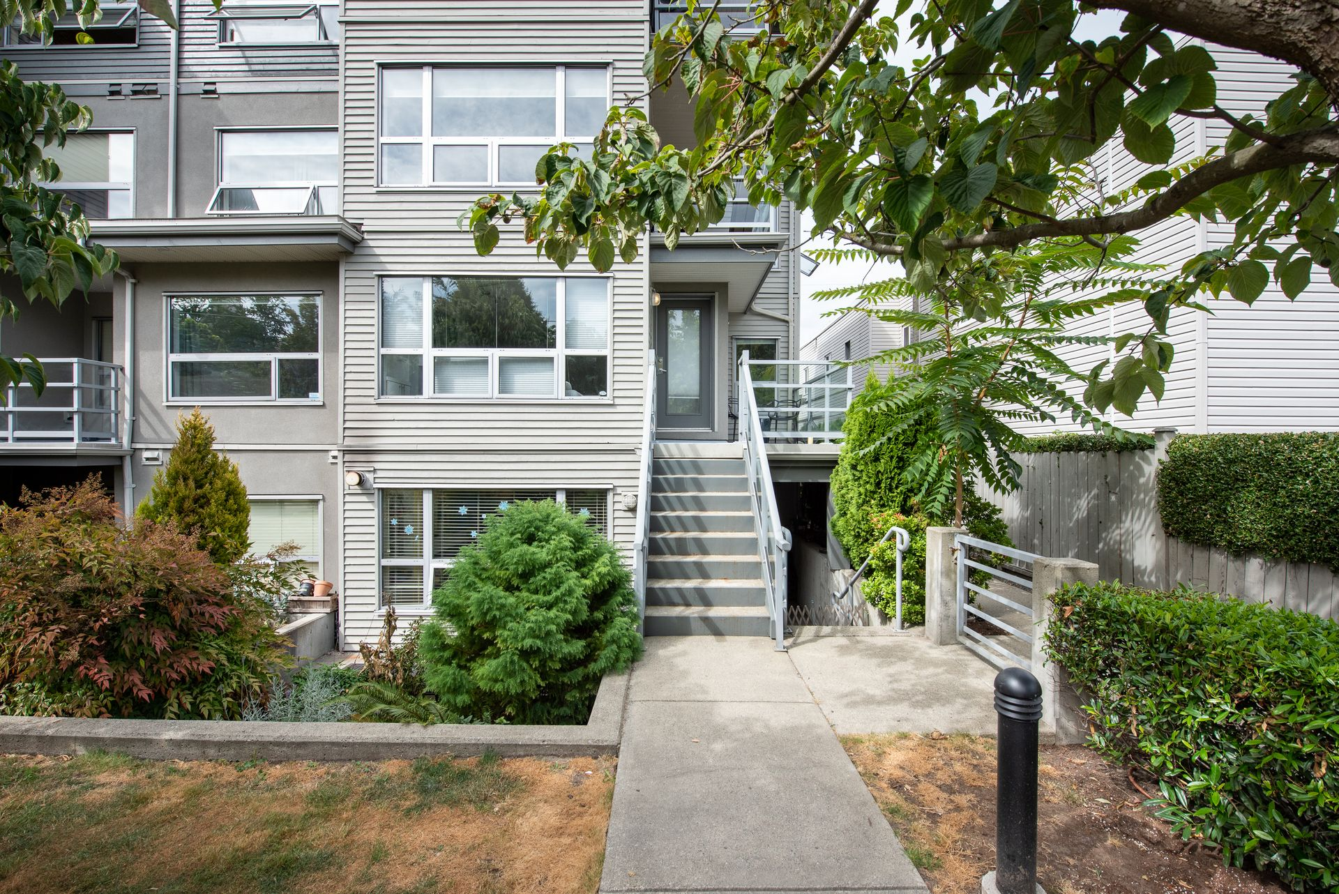 3155-w-4th-ave-vancouver-360hometours-04 at