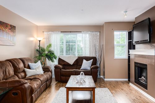 107-20875-80th-ave-langley-360hometours-06 at