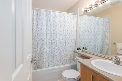 107-20875-80th-ave-langley-360hometours-22 at