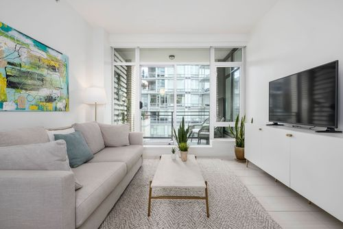 306-125-hornby-st-360hometours-03 at