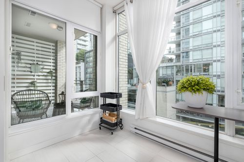 306-125-hornby-st-360hometours-19 at