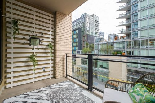 306-125-hornby-st-360hometours-22 at