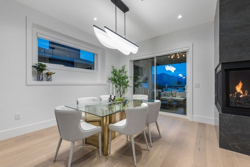 4042-yale-st-burnaby-360hometours-12 at