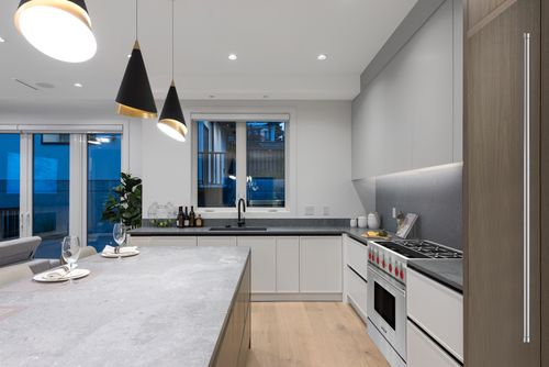 4042-yale-st-burnaby-360hometours-15 at