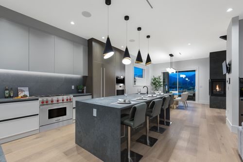 4042-yale-st-burnaby-360hometours-16 at