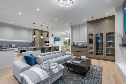 4042-yale-st-burnaby-360hometours-19 at