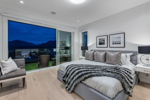 4042-yale-st-burnaby-360hometours-30 at