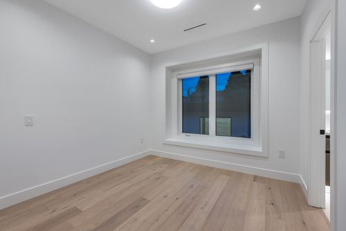 4042-yale-st-burnaby-360hometours-41 at