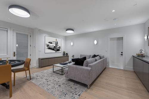4042-yale-st-burnaby-360hometours-44 at