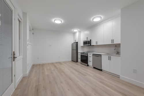 4042-yale-st-burnaby-360hometours-51 at