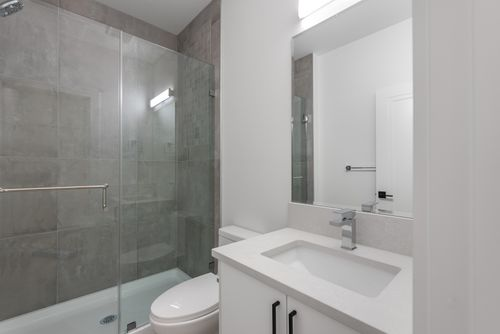 4042-yale-st-burnaby-360hometours-54 at