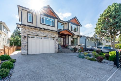 2130-patricia-ave-port-coquitlam-360hometours-02 at