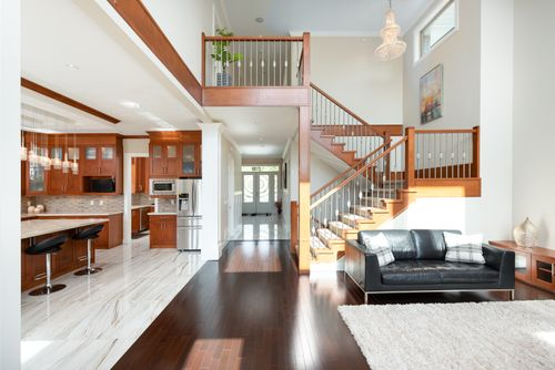 2130-patricia-ave-port-coquitlam-360hometours-08 at