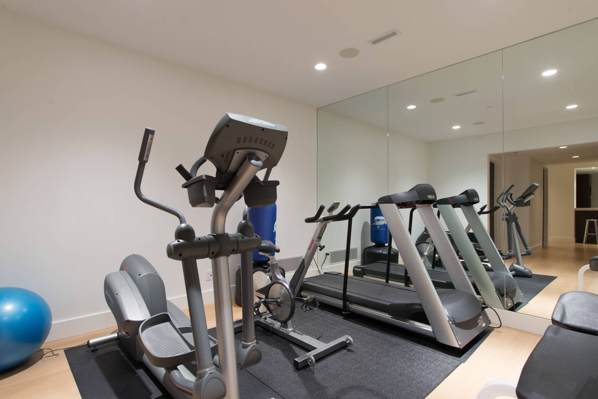 Fitness Area at 4112 Burkehill Road, Bayridge, West Vancouver
