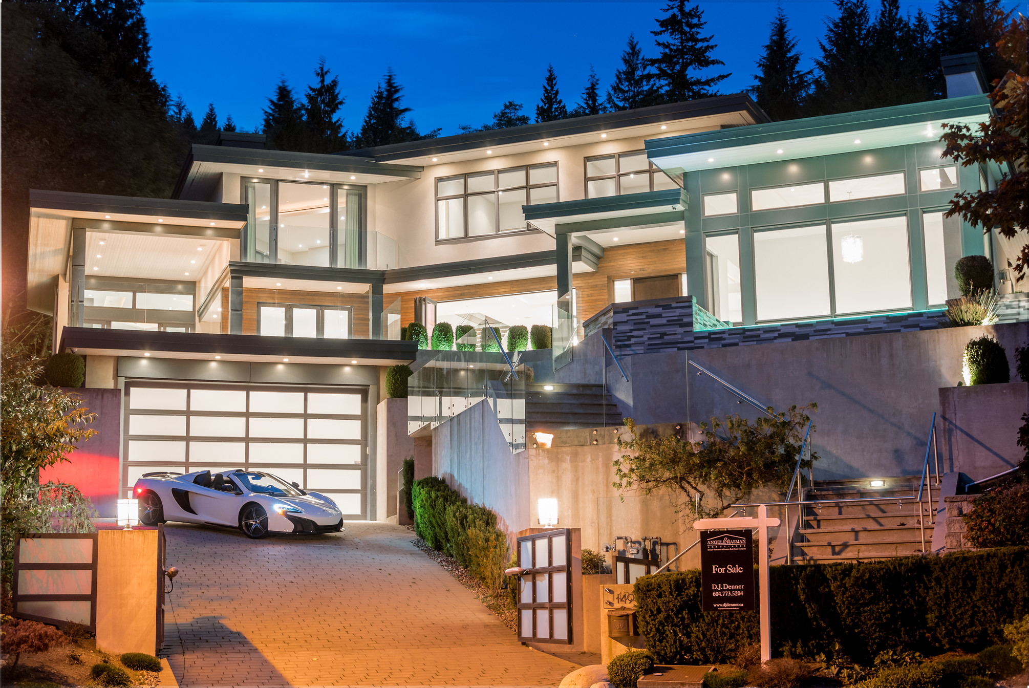at 1495 Bramwell, Chartwell, West Vancouver
