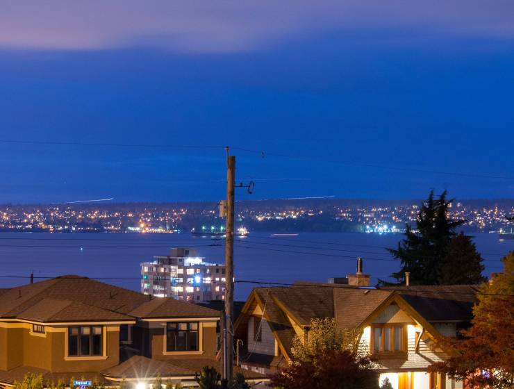 1080 12th Street, Ambleside, West Vancouver 3