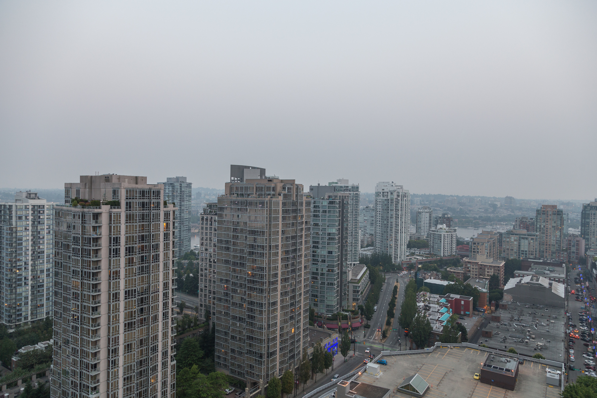 at 2402 - 888 Hamilton Street, Yaletown, Vancouver West