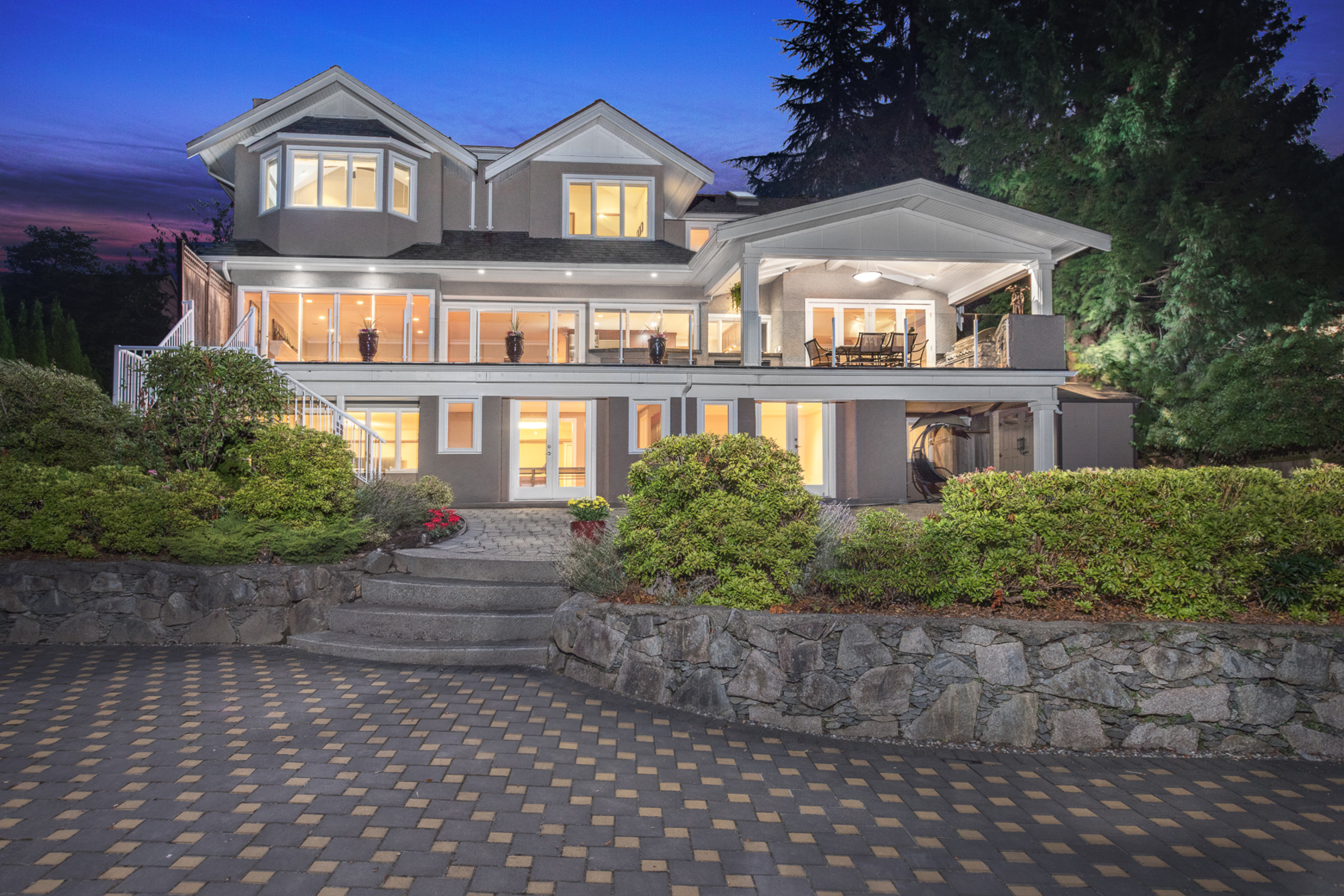 at 975 Leyland Street, Sentinel Hill, West Vancouver