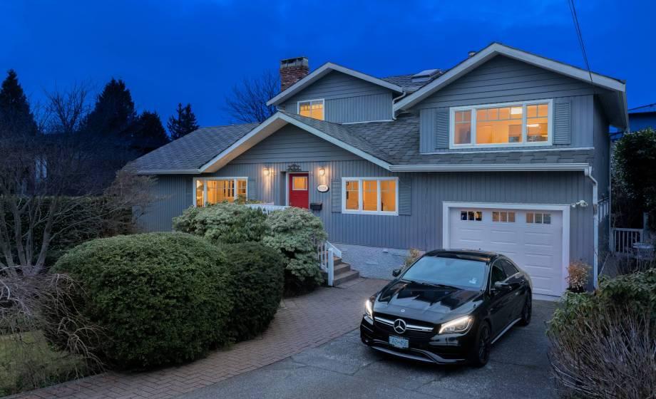 1379 22nd Street, Dundarave, West Vancouver