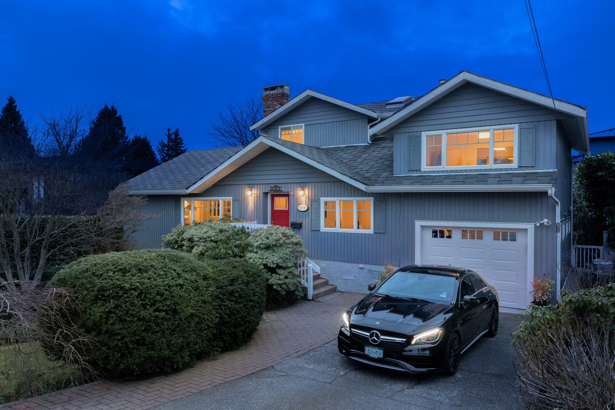 1379 22nd Street, Dundarave, West Vancouver