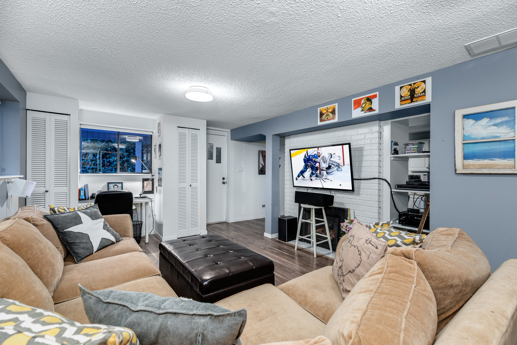 A Beautifully Renovated Legal Suite at 1379 22nd Street, Dundarave, West Vancouver