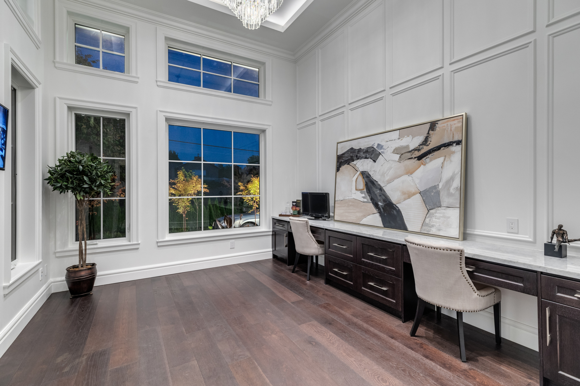 at 1595 19th Street, Ambleside, West Vancouver
