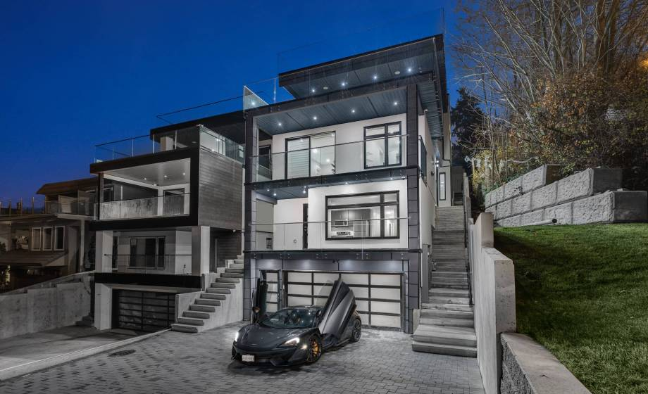14999 Blackwood Lane, South Surrey White Rock