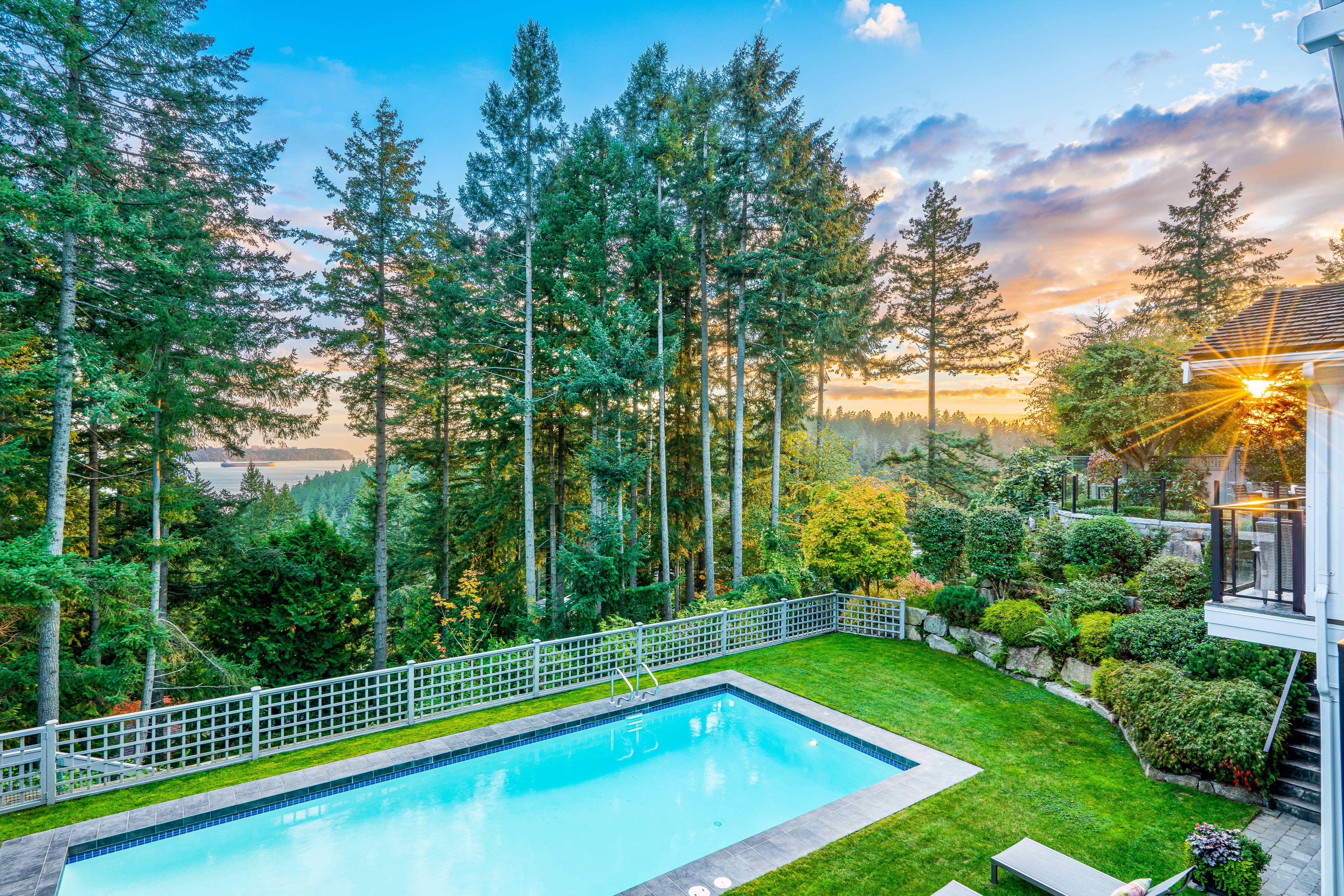 4638 Decourcy Court, Caulfeild, West Vancouver 3