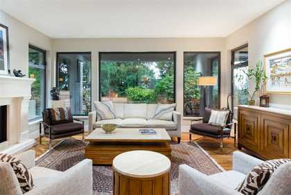 262233082-10 at 4090 Almondel Road, Bayridge, West Vancouver