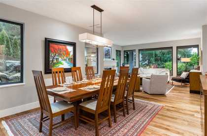 262233082-12 at 4090 Almondel Road, Bayridge, West Vancouver