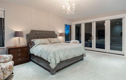 262233082-15 at 4090 Almondel Road, Bayridge, West Vancouver