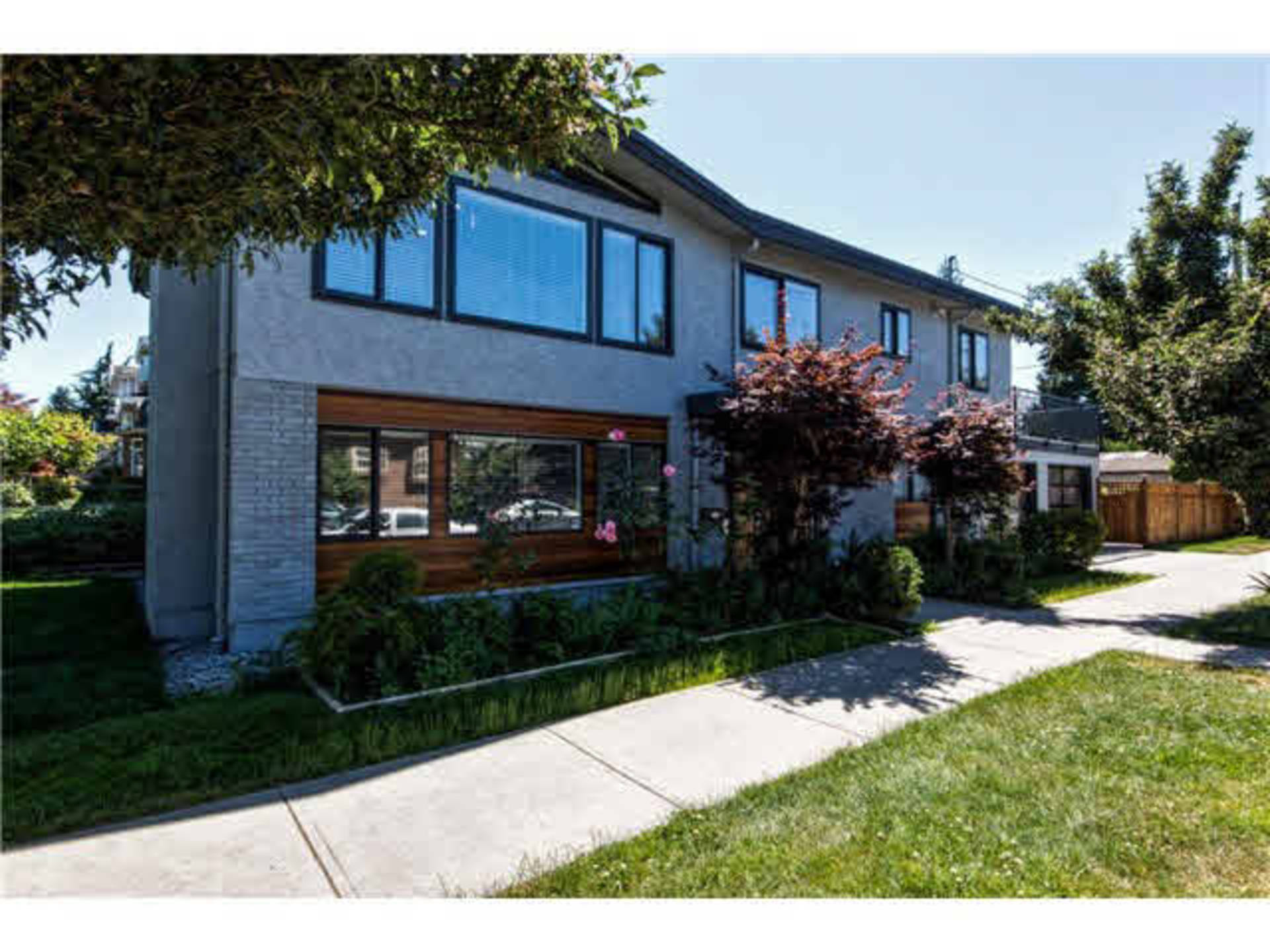 261808945 at 1290 E 43rd Avenue, Knight, Vancouver East
