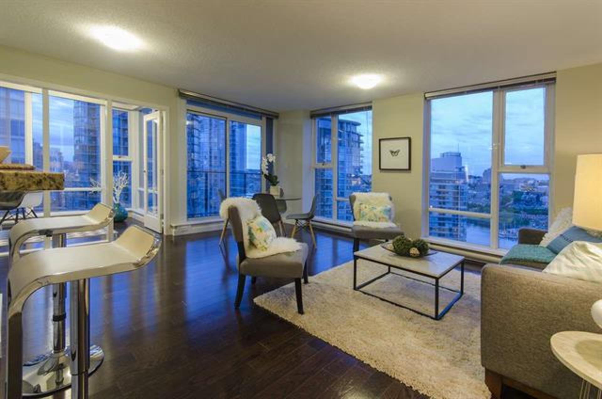 262087171-1 at 2806 - 583 Beach Crescent, Yaletown, Vancouver West