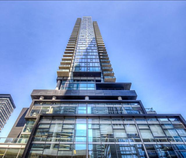 290 Adelaide Street W, Waterfront Communities C1, Toronto 2