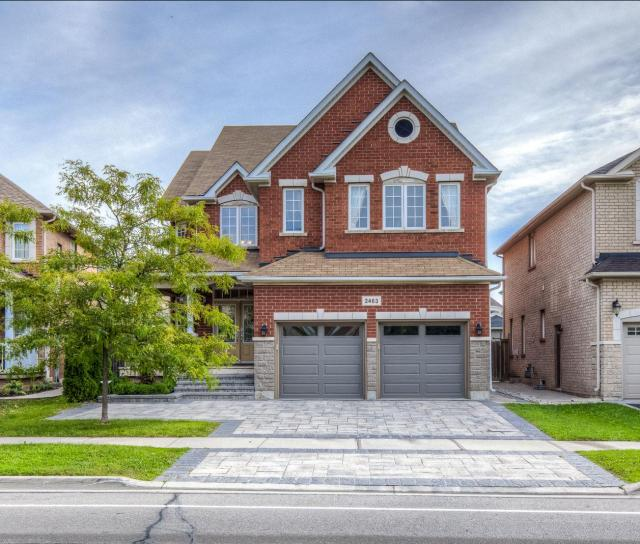 Prince Michael Drive, Iroquois Ridge North, Oakville 2