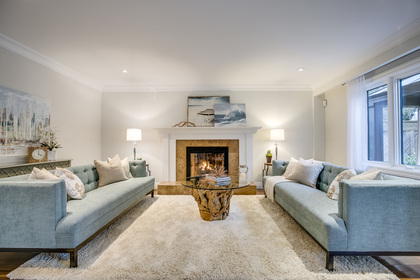 1-28 at 45 Kingsford Place, Eastlake, Oakville