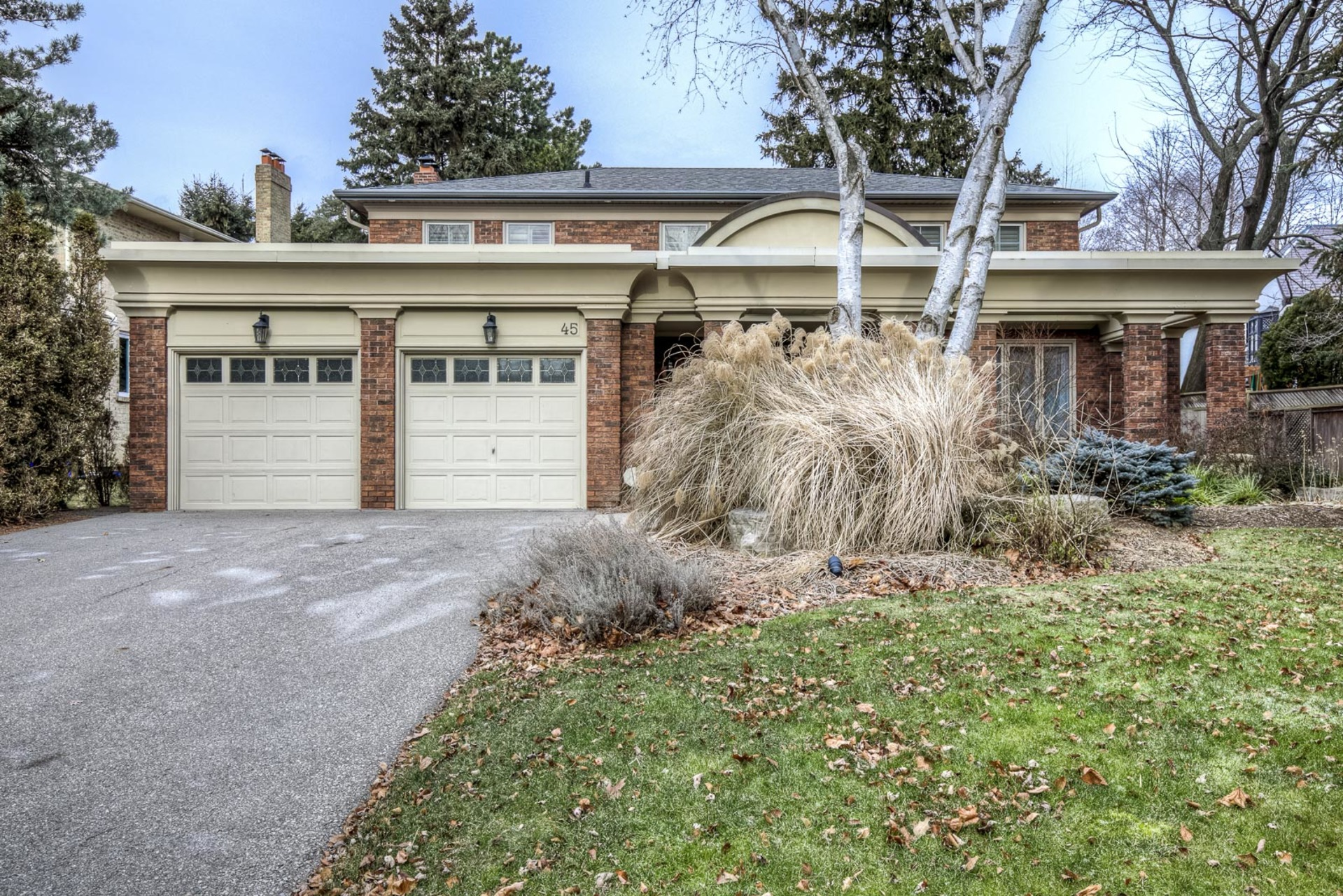 1-17 at 45 Kingsford Place, Eastlake, Oakville