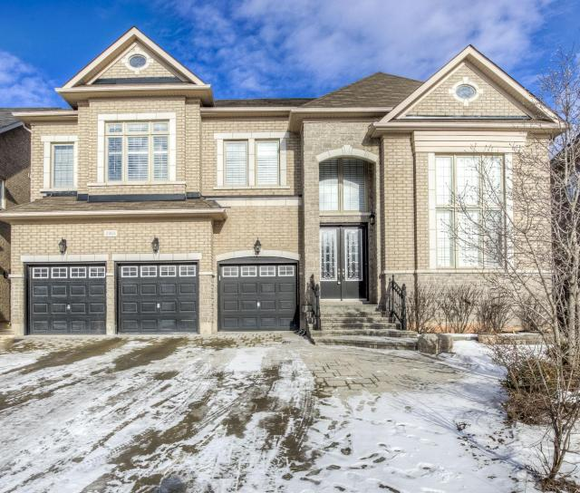 2353 Delnice Drive, Iroquois Ridge North, Oakville 2