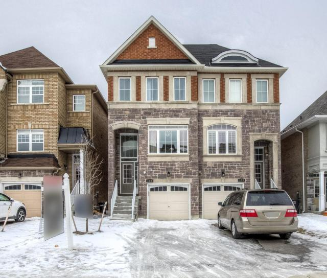 115 Preston Meadow Avenue, Mississauga 2