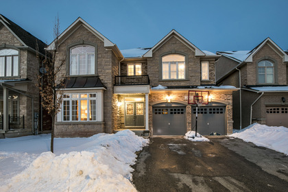 1-2 at 2345 Hall Manor Drive, Iroquois Ridge North, Oakville