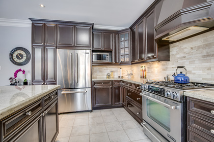 1-31 at 2345 Hall Manor Drive, Iroquois Ridge North, Oakville