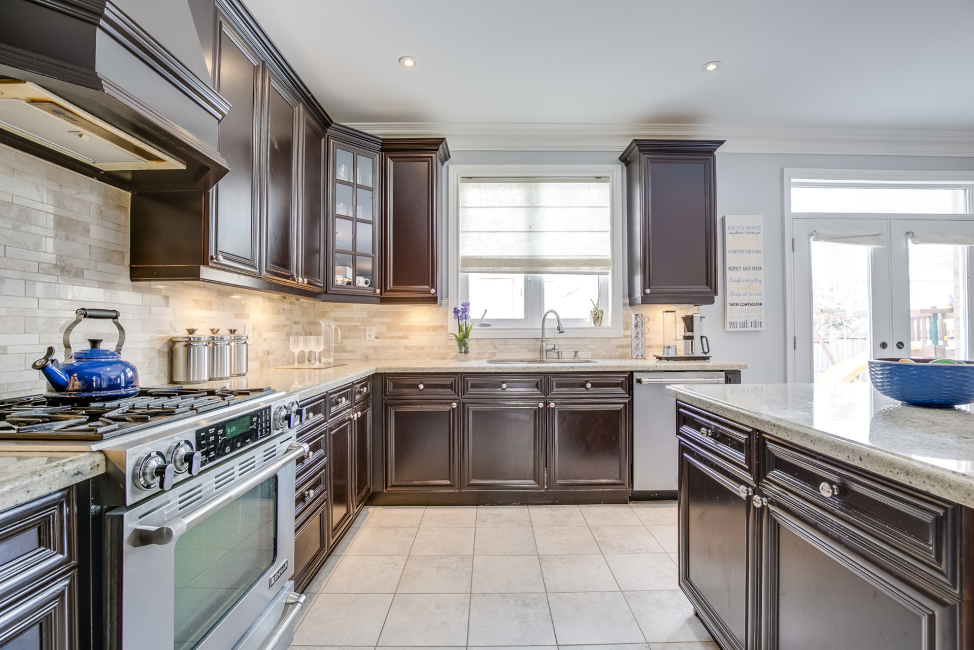 1-33 at 2345 Hall Manor Drive, Iroquois Ridge North, Oakville