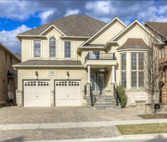 Taylorwood Drive, Iroquois Ridge North, Oakville 2