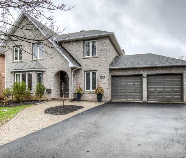 1502 The Links Drive, Glen Abbey, Oakville 2
