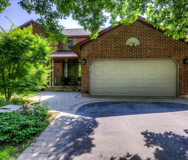Barclay Crescent, Eastlake, Oakville 2