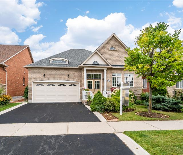 Palmerston Road, Iroquois Ridge North, Oakville 2