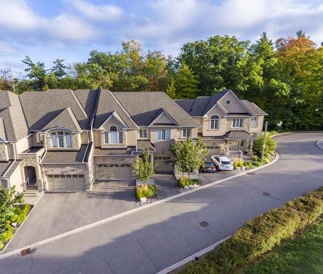 Rockingham Drive, Iroquois Ridge North, Oakville 2
