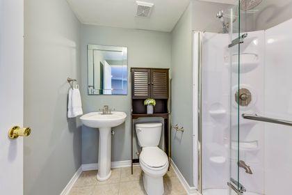 Bathroom - 12-2254 Rockingham Dr, Oakville at 12 - 2254 Rockingham Drive, Iroquois Ridge North, Oakville