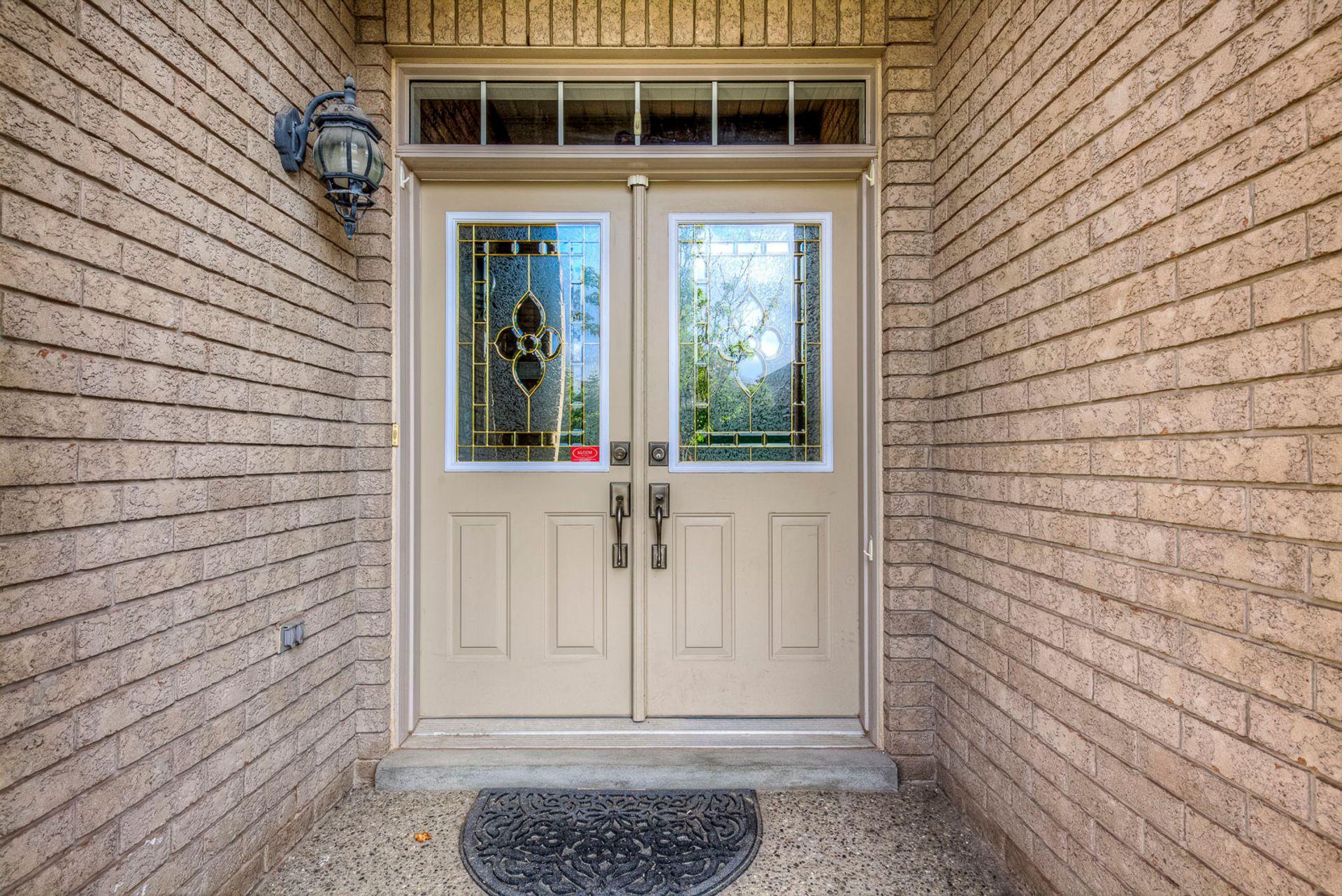 Porch - 12-2254 Rockingham Dr, Oakville at 12 - 2254 Rockingham Drive, Iroquois Ridge North, Oakville